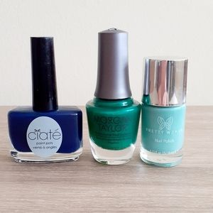 🌸Set of 3 Nail Polishes